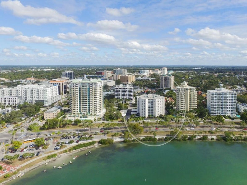 435 S Gulfstream Ave unit 505 – For sale